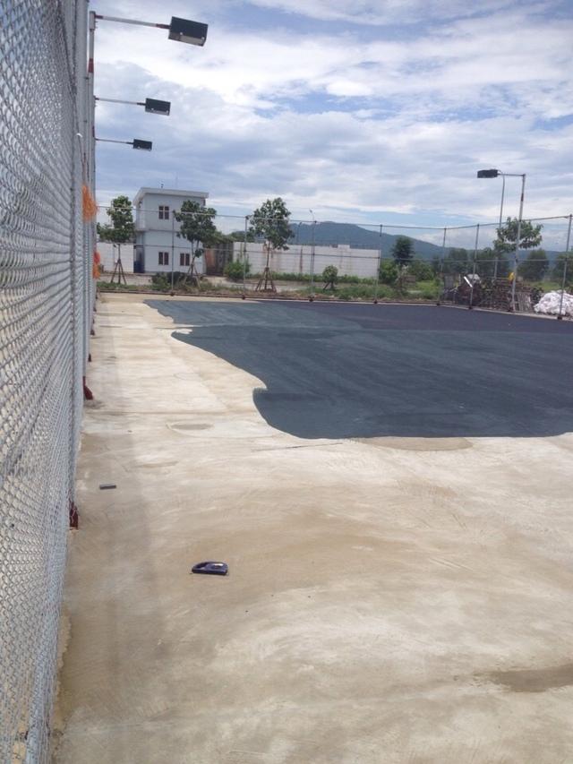 Hệ thống hàng rào sân tennis